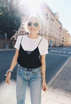 Fashion | Summer | Simple top | Denim | More on Fashionchick.nl