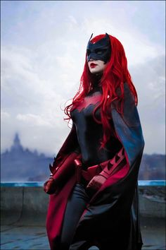 Epic Batwoman cosplay by Love-Squad More cosplay atAllThatsEpic&Follow us onTwitter! Submitus your cosplays