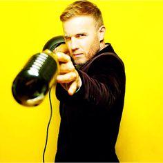 Gary Barlow...love him and love the mic!