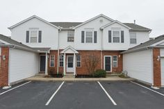 3065 Ravine Pointe Dr, Columbus, OH 43231. 2 bed, 1 bath, $114,900. Remarkable 2 Sty Con...