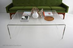 Huge Mid Century Vintage 70s Coffee Table Lucite Perspex Ghost Acrylic Clear