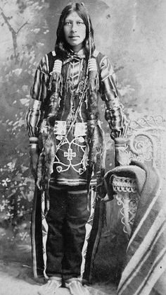 An unidentified man of the Ponca Tribe, circa No additional information. Native American Dress, Native American Images, Native American Artwork, Native American Wisdom, Native American Beauty, Native American Tribes, Native American History, Native Americans, Oklahoma