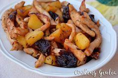Straccetti di pollo con mele e prugne - Cooking Giulia
