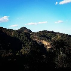 Green mountains and blue skies #mexico #adventuretravel #travel #getoutdoors #adventure #hike #hikers #hikerslife #mexicopin #blueskies #green #nature #naturelovers #landscape #landscapephotography #landscape_lovers #mountains #beauty