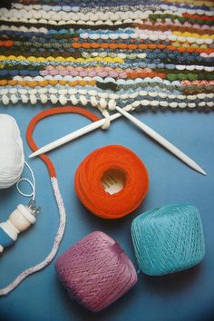 Oh wow - knitting with French knitting / spool knitting! You use the french knitting as your yarn.