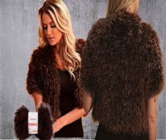 Lana Insano Colección Invierno 2017 Disponible en www.atika.com.bo Las prendas hechas con pelo fake, son sofisticadas y transforman cualquier producción simple en una mirada lujosa. La versatilidad de esta tendencia es increíble. Puedes confeccionar una prenda muy chic de colores clásicos. Utiliza la lana insano.