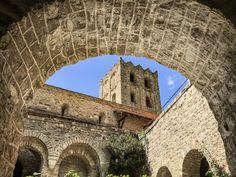Visiter le Pays Catalan, mes 11 lieux insolites - Blog Kikimag Travel Formation Photo, Les Cascades, Saint Martin, Barcelona Cathedral, Building, Nature, Travel, 31 Mai, Blog