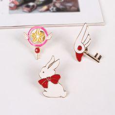 New hot  Fashion lovely girl brooch Japanese cartoon design star bird head crest  rabbit brooch Factory wholesale sales