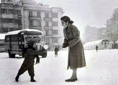 Χειμώνας 1953 - 54. Πλατεία Δικαστηρίων, Θεσσαλονίκη