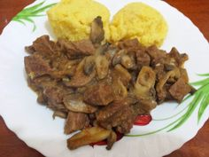 Flavour in Romanian Cuisine: Spezzatino cu ciuperci Cooking Recipes, Beef, Food, Kitchens, Meat, Eten, Ox, Ground Beef