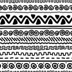 Patrón hecho a mano con el ornamento geométrico étnico para su diseño