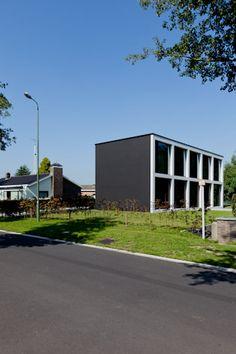 HOUSE R: Caan Architecten
