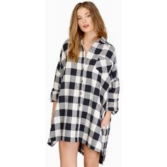 Tobi Checkered Out Tunic ($50) ❤ liked on Polyvore featuring tops, tunics, checkered top, flannel tops und flannel tunic