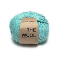 Farbe: #Türkis Die #Wolle ist zu 100% aus #Schafwolle aus Peru und erhält dadurch seine besondere Qualität: 100% Schafwolle aus Peru 200 gr Knäuel; 80 m Länge für eine Nadelstärke ab 10mm geeignet www.weareknitters.com/de