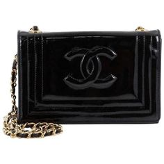 Preowned Chanel Vintage Cc Stitch Flap Bag Patent Mini (3,660 PEN) ❤ liked on Polyvore featuring bags, handbags, shoulder bags, black, mini handbags, lightweight shoulder bag, flap shoulder bag, vintage purses and shoulder strap handbags