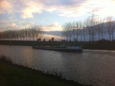 Binnenvaart bij Geertruidenberg