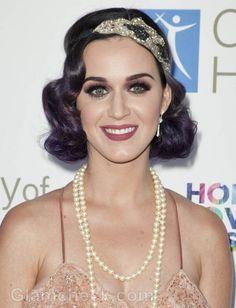 Katy Perry 20s vintage look