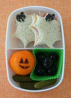 Halloween lunch: spooky Sassy bento box by anotherlunch.com, via Flickr