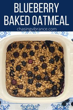 This tasty blueberry baked oatmeal is a healthy breakfast you won't want to miss! Whole grains, low in sugar, and dotted with blueberries--mouthwatering is the best way to describe this yummy and healthy baked oatmeal recipe! Quick Oat Recipes, Healthy Oatmeal Recipes, Healthy Breakfast Recipes, Healthy Baking, Clean Eating Recipes, Healthy Food, Morning Food, Blueberries, Tasty