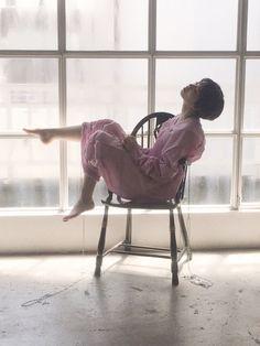 【恋は雨上がりのように】ショートヘアの小松菜奈のかわいいオフショ公開【映画】 - ニュースパス Reference Images, Photo Reference, Art Reference, Human Base, Komatsu Nana, Art Poses, Japanese Beauty, Actresses, People