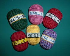 Healing Hand Aid - free crochet Stress Ball pattern by Pan Perkins / Grandma Perkins Crochet Love Crochet, Learn To Crochet, Knit Crochet, Crochet Stocking, Healing Hands, Stress Toys, Knitting Kits, Yarn Crafts, Stocking Stuffers