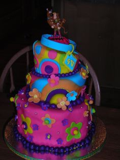 Scooby Doo Cake!!  Cute!!!!