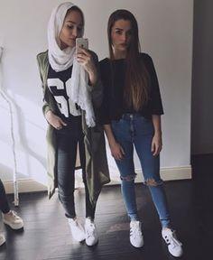 Maria Alia Hijab Fashion