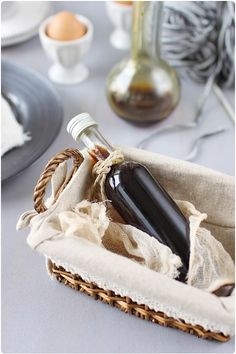 Sirop de café - ID cadeau panier gourmand Food Obsession, Diy Christmas Gifts, Milkshake, Homemade Gifts, Smoothies, Cocktails, Nutrition, Chocolate, Cooking