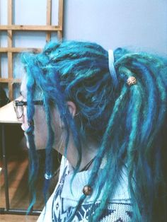 I love coloured dreads