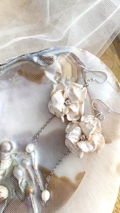 Wedding Nails, Wedding Makeup, Handmade Wire Jewelry, Hair Beads, Handmade Flowers, Bridal Earrings, Bridal Accessories, Wedding Signs, Wedding Hairstyles