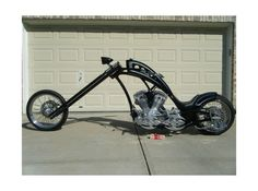2001 One Off Custom Chopper only 2,000 miles rare and beautiful! Beast of a bike