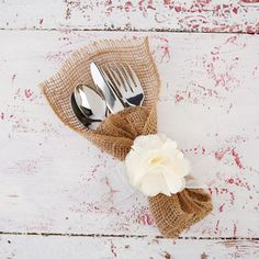 Hosting a get-together with friends or family this spring? Wrap the silverware in these burlap p...