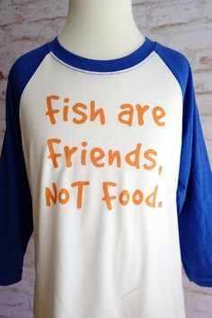 Finding nemo shirt, fish are friends not food, disney shirt, pixar shirt… Disney Vacation Shirts, Disney World Shirts, Disney Vacations, Disney Trips, Finding Dory, Disney Outfits, Disney Clothes, Diy Shirt, Personalized T Shirts