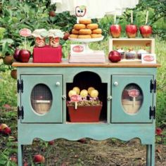 Apple Picking Party {fall party themes} *How fun would this be? Go apple picking, come home, have a party!*