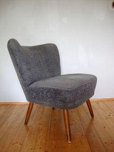 Clubsessel grau  Stuhl Petrulli, hellgrau - 4 Fuß Stühle - Stühle & Freischwinger ...