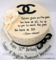 tartas con diseño chanel - Buscar con Google Chanel Birthday Cake, Birthday Cakes, Coco Chanel Cake, Bright Cakes, Chanel Wedding, Happy 50th Birthday, Wedding Weekend, Desserts, Singapore