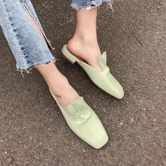 Shop the latest women shoes flats shoes at Chiko Shoes in wide variety of styles including ballerina, flats loafers, flats sandals, flats mules and sandals. Mules Shoes, Shoes Heels, Bunion Shoes, Running Accessories, Earth Shoes, Blue Suede Shoes, Jelly Shoes, Best Running Shoes, New Shoes