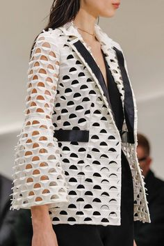 Christian Dior Spring 2014 Couture, details.