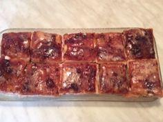 Strawberry cream squares