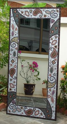 super ideas for diy decorao mirror mosaic tiles Mirror Mosaic, Wall Pattern Diy, Wall Mirror Diy, Mirror Wall Decor, Mosaic Tiles, Mosaic Wall Art, Cool Walls, Painting Frames