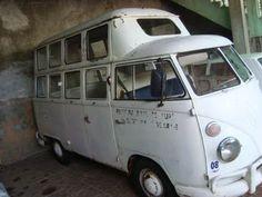 VW - Rat Blue: Kombi Teto Duplo - Essa eu não tinha visto ainda