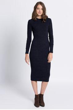 Dopasowana dzianinowa sukienka midi granatowa Sweaters, Closet, Dresses, Fashion, Vestidos, Moda, Armoire, Fashion Styles, Sweater