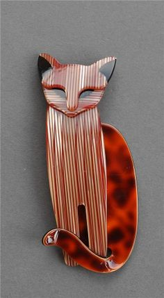 LEA STEIN QUARELLSOME CAT BROOCH