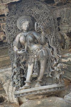 Belur Temple Apsara with Mirror - Salabhanjika - Wikipedia, the free…