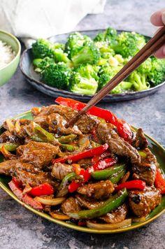 Easy beef stir fry with black bean sauce Beef In Black Bean Sauce, Black Bean Sauce Recipe, Spicy Recipes, Asian Recipes, Beef Recipes, Chinese Recipes, Fish Recipes, Easy Beef Stir Fry, Kitchens