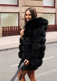 Fox Fur Coat, Fur Coats, Sheepskin Coat, Fur Fashion, Furs, Hoods, Women Wear, Essentials, Board