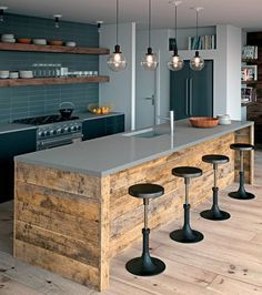 Küche Ceasar-Stone-Sleek-Concrete-countertops Tips On Bubble-Proofing Your Home What can you do to b Rustic Kitchen Island, Farmhouse Kitchen Decor, Kitchen Interior, New Kitchen, Kitchen Industrial, Industrial Chic, Kitchen Grey, Kitchen Ideas, Kitchen Wood