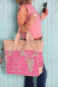 MODEL ELISA  Goatskin stone color, upholstery embossed stone / magenta pink. Zip. Inside zip pocket. Upholstery magenta pink lining. Created In BCN -  Handmade Bag By CALAS Style. #createdinbcn #fashion #design #women #gift #teenager #bikini #moda #short #fashiontrend #bags #leatherbags