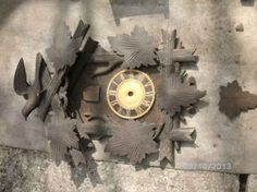 Kuckucks Uhrenteil. Clock, Wall, Home Decor, Aftermarket Parts, Wood Carving, Watches, Watch, Walls, Interior Design
