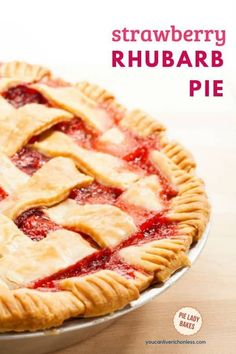 Strawberry Rhubarb Pie Yearning for Spring? Then click through to see our awesome strawberry rhubarb pie recipe! And look at that buttery pie crust. Strawberry rhubarb pie mStrawberry Lime Rhubarb SStrawberry Rhubarb Cake/M Köstliche Desserts, Delicious Desserts, Dessert Recipes, Dinner Recipes, Easy Strawberry Rhubarb Pie, Strawberry Pie Recipes, Easy Rhubarb Recipes, Strawberry Tarts, Fruit Pie